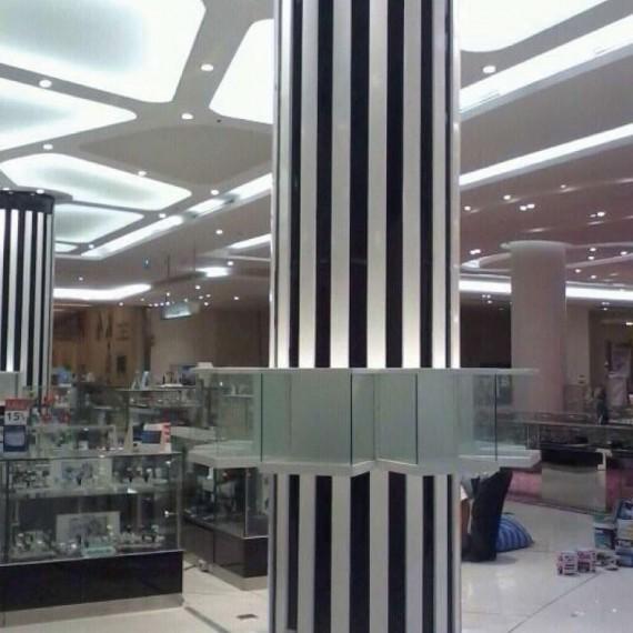 01 Column Decoration