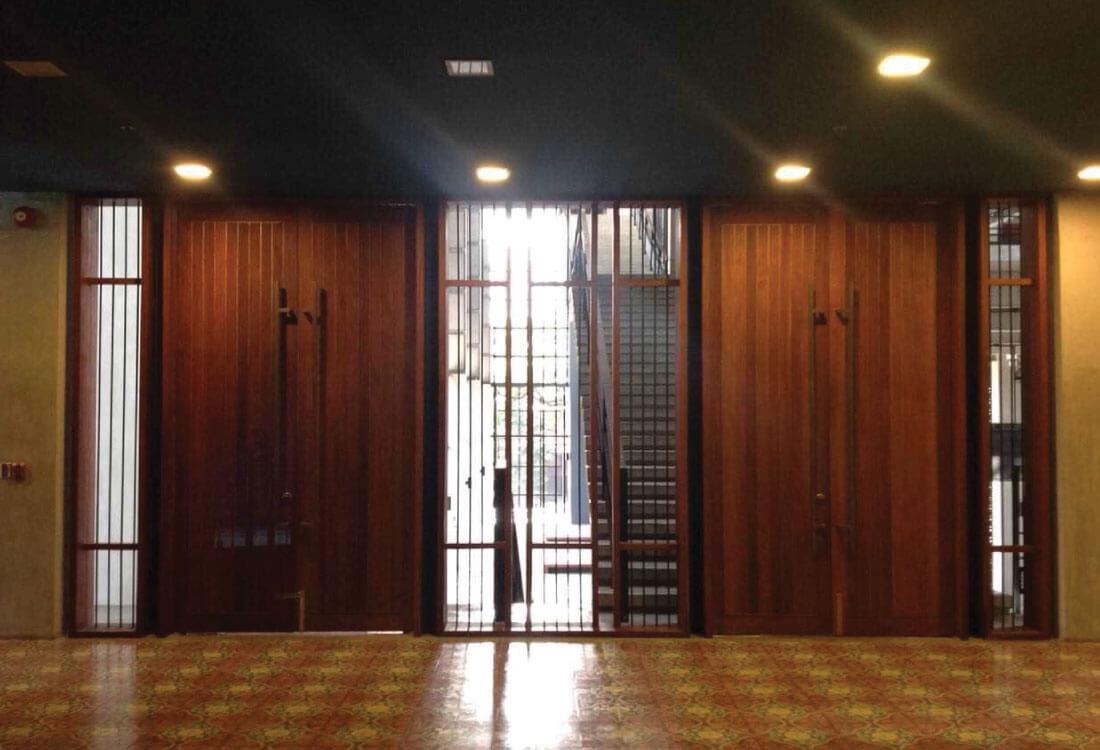 02 Door Decoration